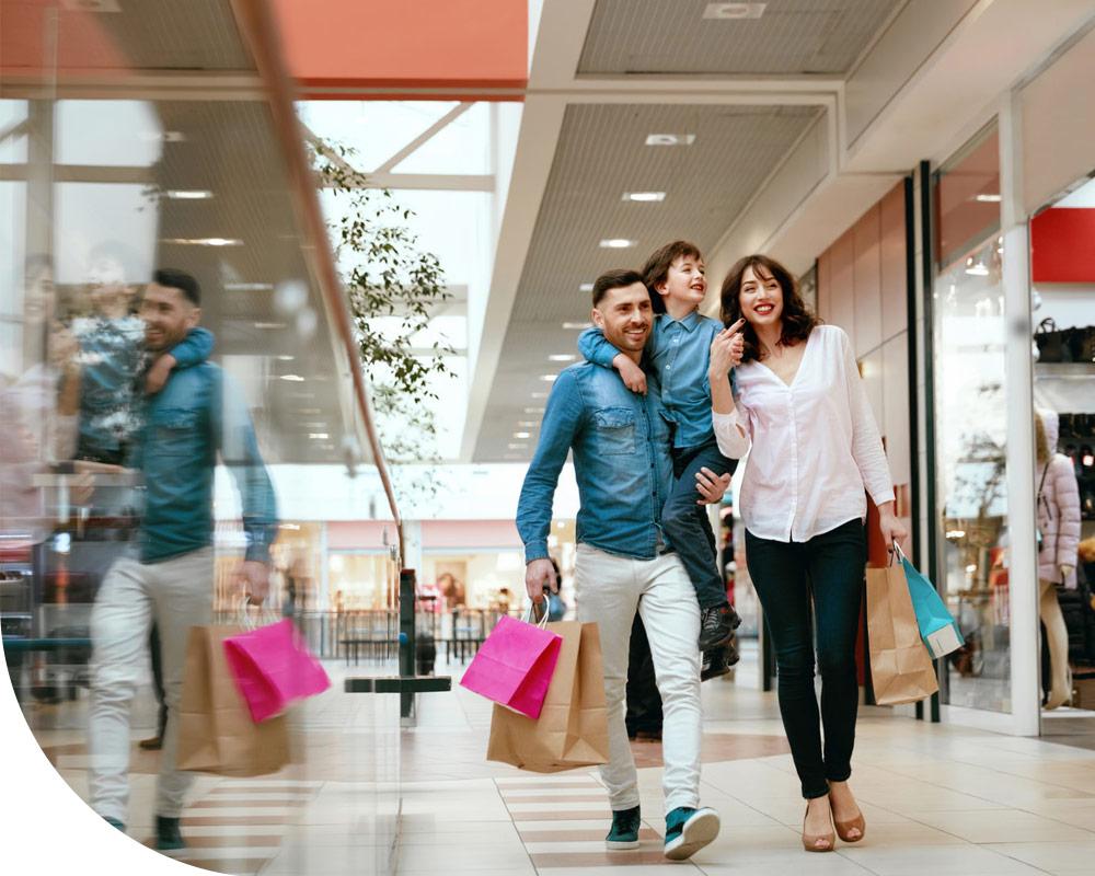 Servicios de tiendas de ropa, supermercado BM y gimnasio en Centro Comercial Bidarte